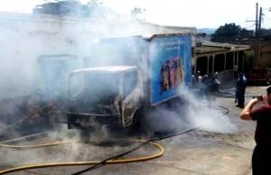 Camion Sula quemado