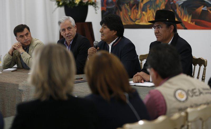 Resultado de imagen para Renuncia el vicepresidente del Tribunal Electoral de Bolivia